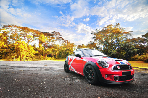 British special forces Starring: Mini Coupe (by ben16989)