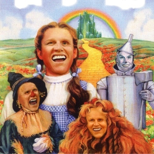 Gary Busey Wizard of Oz Fan Art Sometimes genius is subtle. Other times it stares at you in four creepy-as-hell depictions of The Wizard of Oz characters.