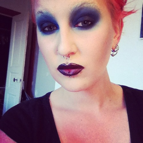 #makeup #marilynmanson #mochi #velocity #suarpill #sleek #noir  (Taken with Instagram)