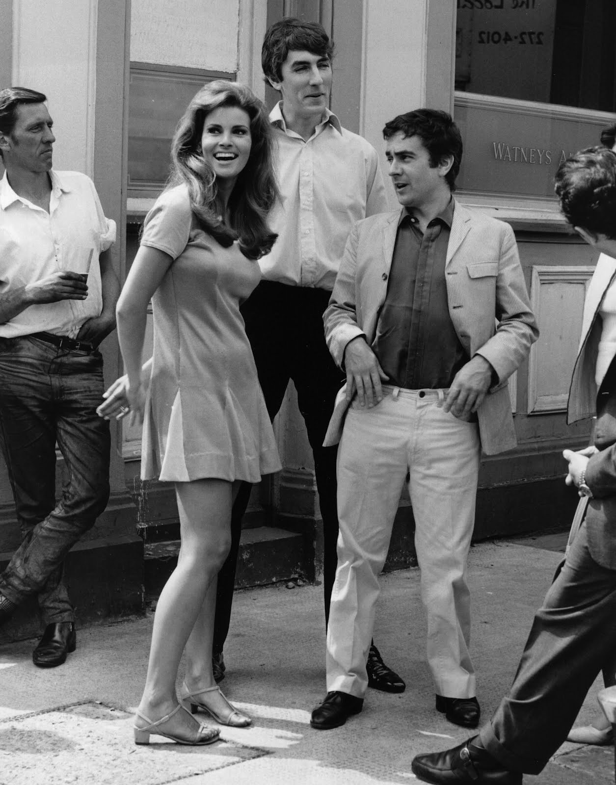 theswinginsixties:  Raquel Welch with Peter Cook and Dudley Moore.
