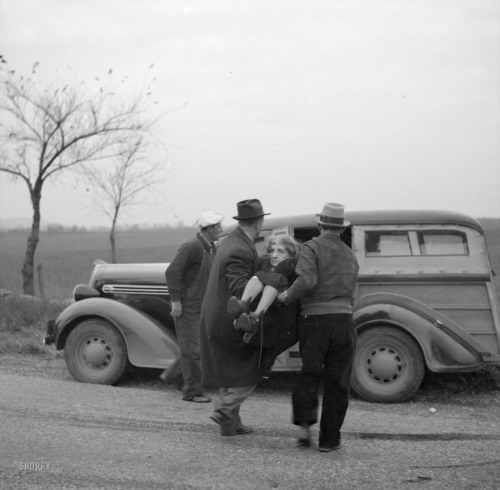 Auto accident 1936 pt.1 (hi-res)