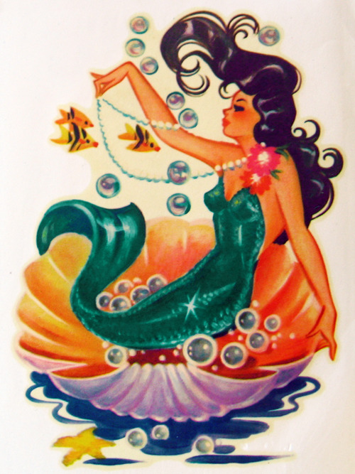vintagegal:  Meyercord mermaid decal c. 1950's