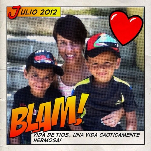 con mis amores #love #nephews #halftone #comics #family #superheroes (: 💛 (Taken with Instagram)
