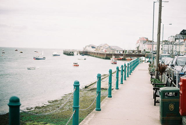 r0mance-is:  aberdovey by McSatan on Flickr.
