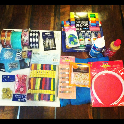 Went on a shopping spree in Michaels today. Can't wait to make new stuff for you guys!!