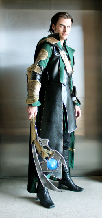 aicosu:  The rest of the shots from Sylar's Loki shoot! Now off to finish the rest of his Ghirahim shots…Cosplayer: Us! (Aicosu)Costume made entirely by KidofMischief!   Sylar is just perfect in anything he does.
