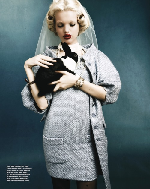 Daphne Groeneveld in Chanel Haute Couture, photographed by Rafael Stahelin for Vogue Korea April 2012.