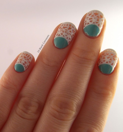 10blankcanvases:  Mint and Lace