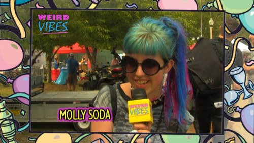 mollysoda:  weird-vibes:  Molly Soda <3  From Weird Vibes episode #11: http://mtvhv.com/OH056r  whoa this shit's 41 minutes long idk if i can actually watch this
