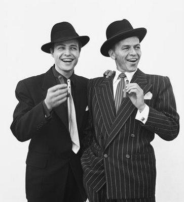 a-plethora-of-delights:  Marlon Brando and Frank Sinatra