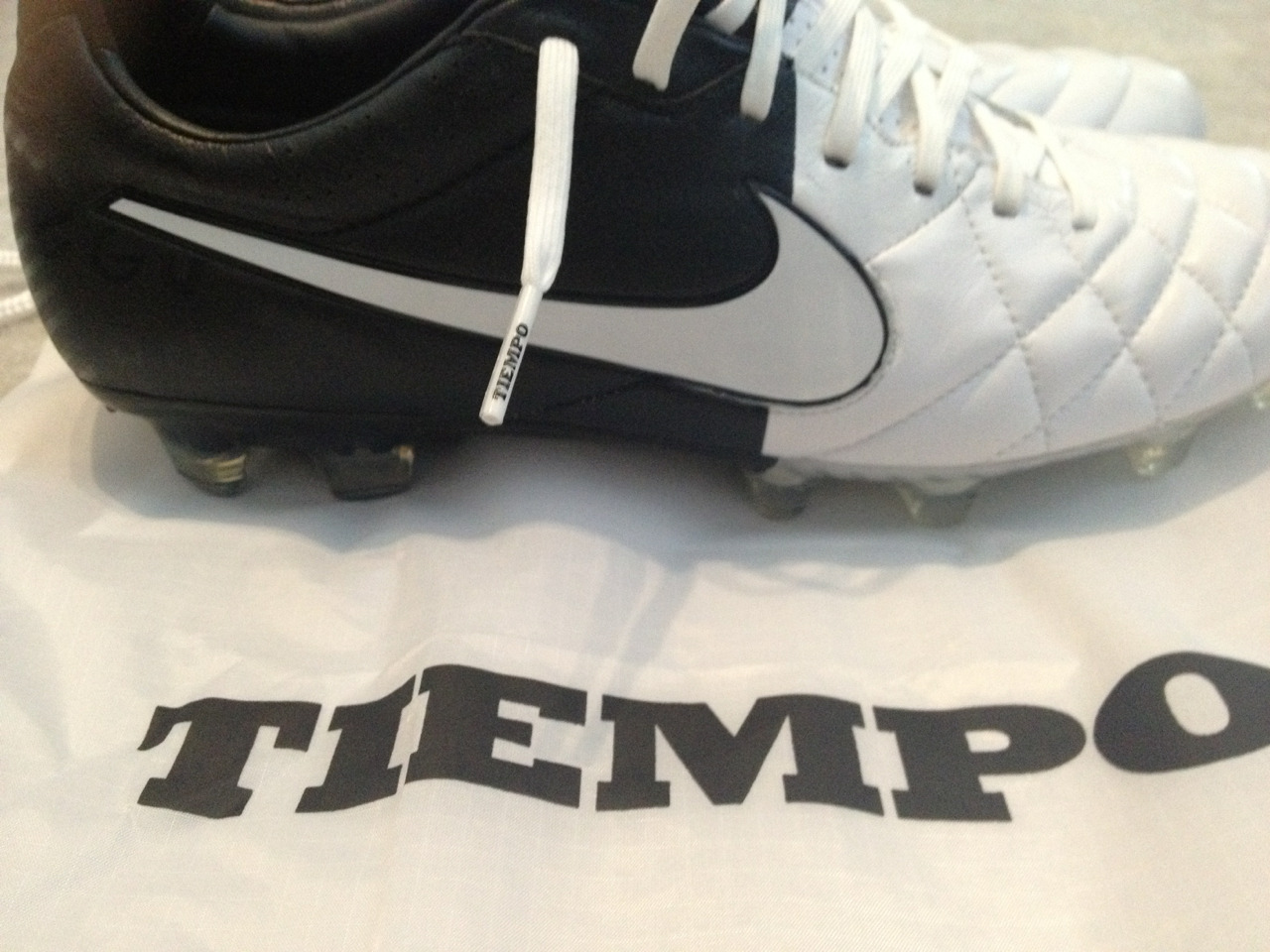 bp-keep-it-steelo:  My new babies. Tempo legends