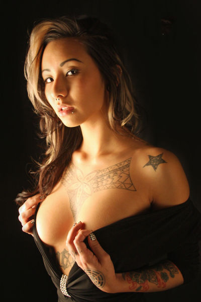 sexychickswithtattoos:  Hot Asian chick
