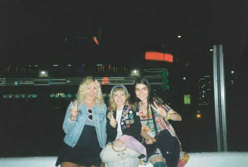 breathingvioletfog:  aw! (dylan, tavi and I) this was after watching Clueless