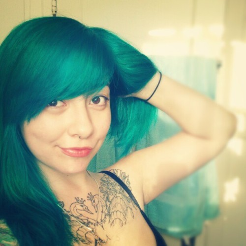 Mermaid princess status. Finally. #teal #hair #tealhair #turqoise #mermaid #princess (Taken with Instagram)