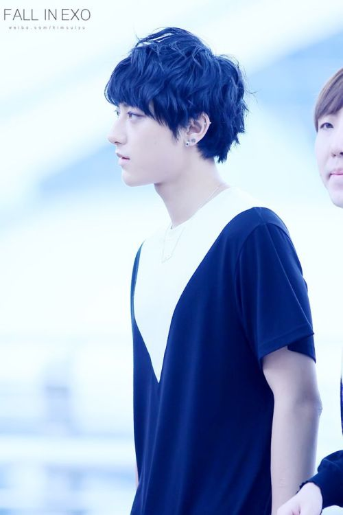 [FANTAKEN] 120726 Tao @ Airport do.not.edit. / cr: fall in exo