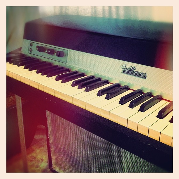 The Rhodes piano was used extensively throughout the 1970s in all styles of music. It fell out of fashion for a while in the middle 1980s, principally due to the emergence of polyphonic and later digital synthesizers, but has enjoyed a huge resurgence of popularity since the 1990s[2] — with contemporary artists highlighting the instrument, including Radiohead, Portishead, D'Angelo, Erykah Badu,[2]Chick Corea, Jamiroquai, Herbie Hancock, Steely Dan, The Doors and Stevie Wonder. source: wikipedia (Taken with Instagram)