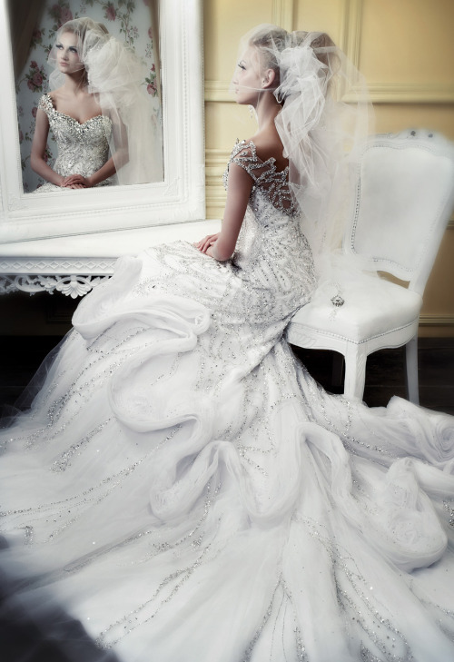 fuckyeahfashioncouture:  Michael Cinco Wedding Collection  Spring 2010
