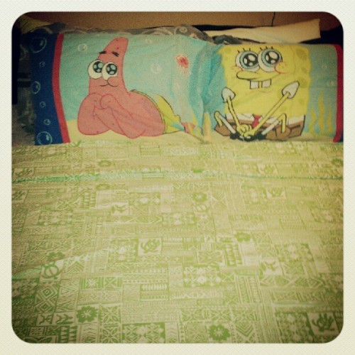 Being a grown up like a boss. #spongebob #squarepants #patrick #bed #swag (Taken with Instagram)