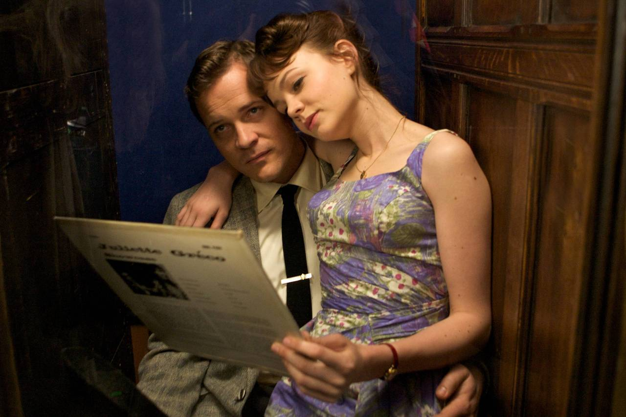 Carey Mulligan & Peter Sarsgaard in An Education