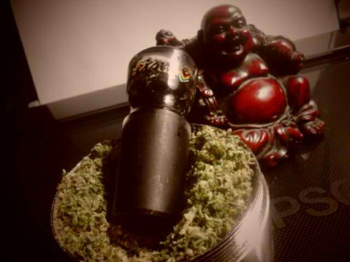 We got that BUDdha love ♥ Do you?I BUD YOU - Stoner Delight - Buddha Statues