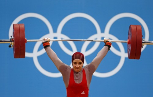 ibtimesuk:  LONDON 2012: The first woman weightlifter to wear the hijab. For full story