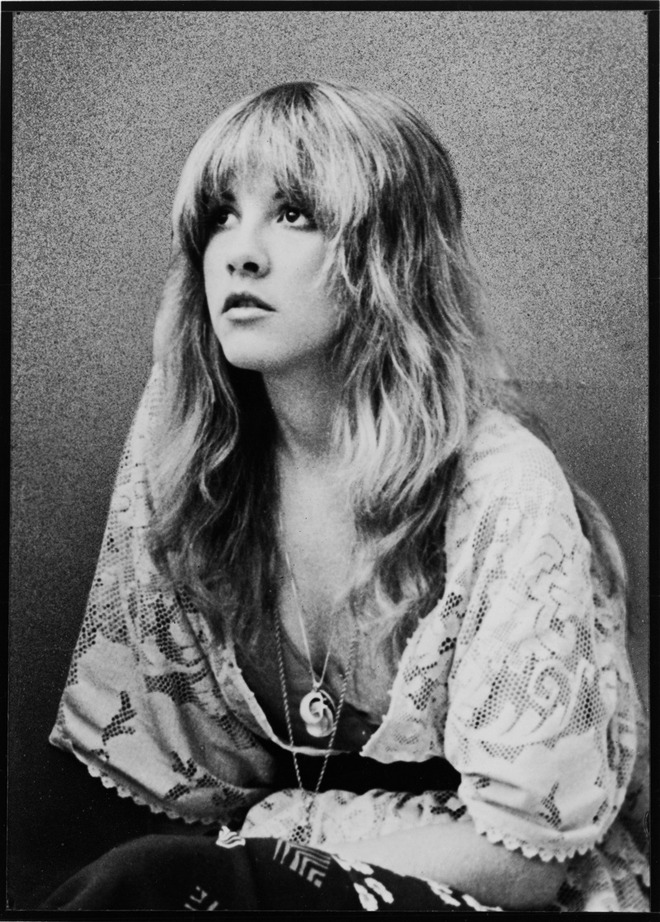 "We Heart Stevie Nicks By Jauretsi Something about Stevie Nicks' voice melts my heart. Fleetwood Mac records never get old too. There's something about a cover track that makes you stop and listen to the original lyrics all over again, so when I heard of the new tribute record to Fleetwood Mac, I got all giddy inside. Lykke Li, MGMT, Best Coast and more all flip a cover track. Here's the haunting version of ""Dreams"" by The Kills just to whet your appetite."
