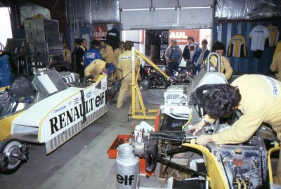 what we miss … open garageRenault crew working on the RS10's at Watkins Glen, 1979 US Grand Prixand doing a fine job, taking René Arnoux to 2nd place in the race