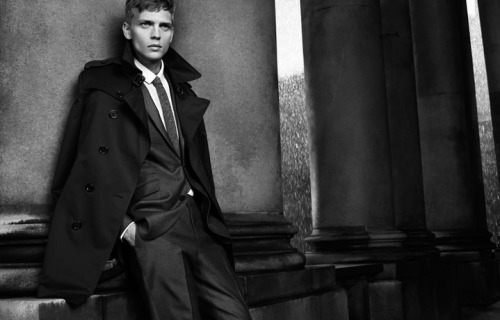 oswaldgrouse:  Burberry Black Label Autumn/Winter 2012