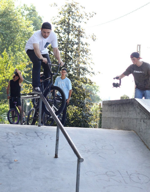 realcecollective:  Pablo González x Realce en Do Right Bikes Street Jam