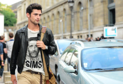 e-paulettes:  on-thestreets:  Male models off duty  -