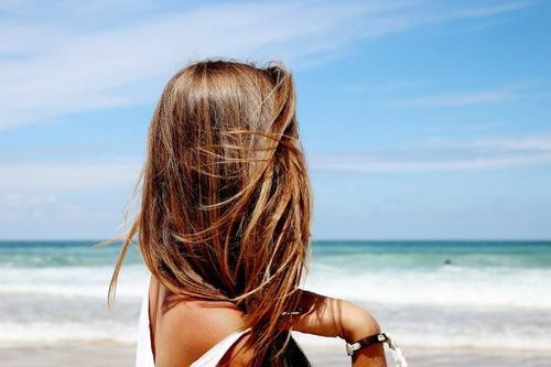idreamincolorr:  the—good—life:  brunette beach