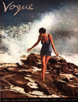 Dose of vintage: June 1, 1937 cover of Vogue by Toni Frissell.