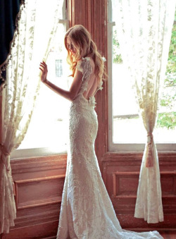 This dress is incredibly stunning!
