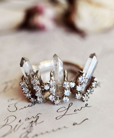 Unearthen crown heirloom ring (via bona drag)