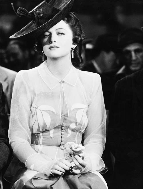 Happy birthday to the very nearly perfect Myrna Loy!
