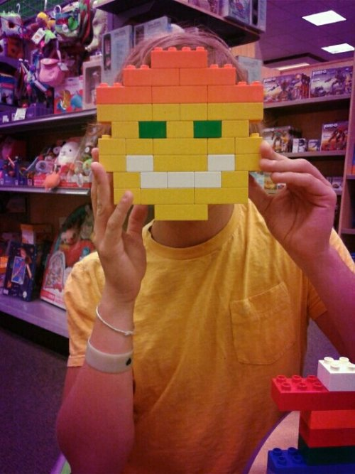 Fun with legos:)#Fun #Lego #love #friends #humor #funny #cute #awesome #creative(from @Chialy on Streamzoo)
