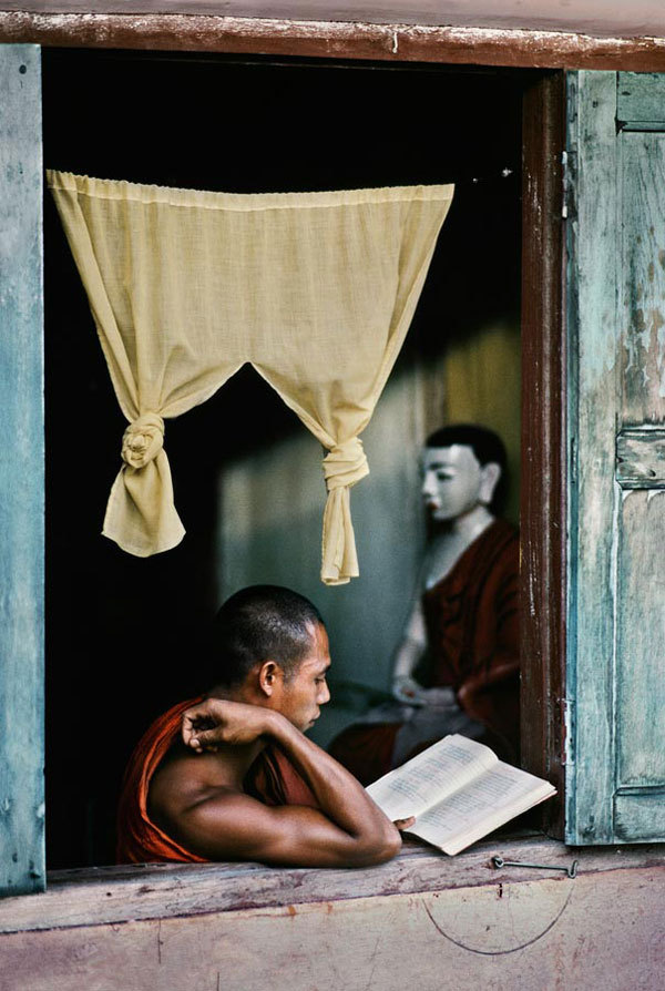 "Flavorwire » Gorgeous Photographs of People Reading Around the World Stunning series from Steve McCurry (known for his infamous ""Afghan Girl"" photo) of people reading around the world."