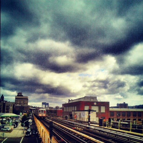Train is coming, you can breathe #instagramuptown #inwood #MTA #train #publictranspirtation #clouds  (Taken with Instagram)