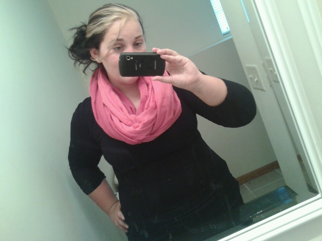 down ten more pounds: reward myself with a scarf from h&m :p