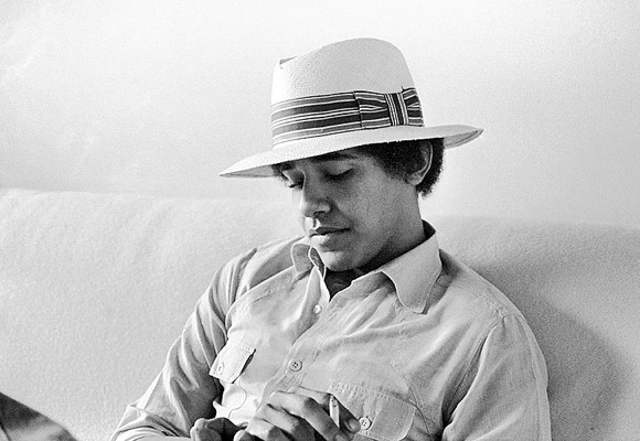 Happy Birthday, Barack Obama! (August 4th, 1961)  Such a cool President!