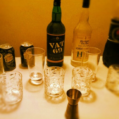 #booze #instabooze #whiskey #igfun #party (Taken with Instagram)