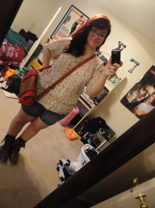 Outfit of the day! Top: JC Penny - $35 Shorts: Cato's - $20 Boots: Aliexpress.com - $30 Purse: Shoedazzle.com - $20 Please ignore my mess of a room… laundry EVERYWHERE. haha