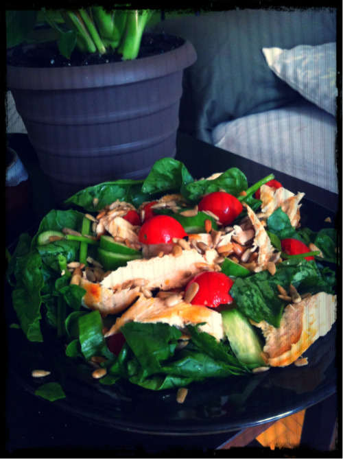 The MOST simple of salads ever. Seriously.  Ingredients  - 2 cups spinach (or other leafy greens) - 6 oz protein (chicken, turkey, tofu, beef - anything) - 1/2 a large cucumber - 1/2 cup diced cherry tomatoes - 1-2 Tbsp seeds, cheese OR chopped nuts (I like sunflower seeds, feta or cashews myself).  Dressing: I like balsamic vinegar, lemon/lime/orange juice, or the juice from chopping my tomatoes mixed with olive oil and a few spices.   Veggies: check. Protein: check Healthy fats: check Absence of processed foods: check  Simple. Easy. Delicious.  Tip: when taking salads on the go, prep and pack each part separately to prevent sogginess. Assemble it when you're ready to eat. :)