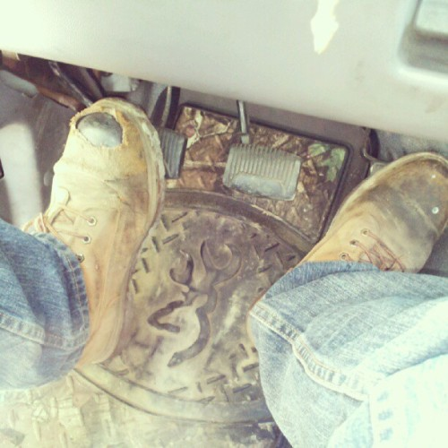 #browning #camo #mossyoak #truck #fummins #diesel #boots #steel #me  (Taken with Instagram)