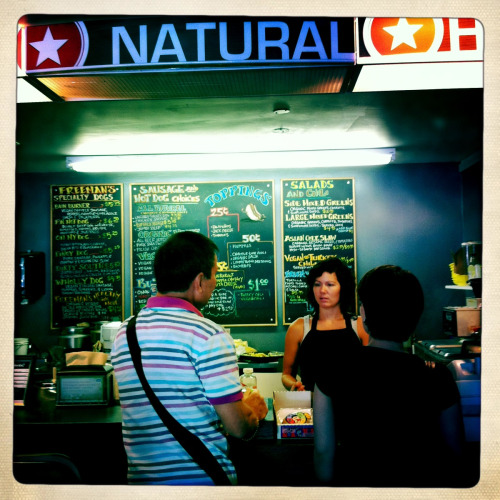 Pitched @kalyespeak to the half-Pinay girl who runs Freeman Natural Hotdogs. She's got the most toned arms I've seen ever.