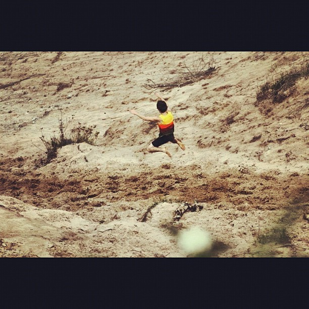 Au Sable Point. #tbt#jumping#fast#500ft#sand (Taken with Instagram)
