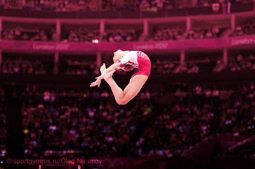 apurplecheshirecat:  Sheep Jump by Viktoria Komova (Reigning AA Olympic and World silver medalist)