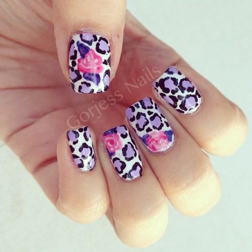 #nailart #naildesign #leopardnails #floralnails  (Taken with Instagram)