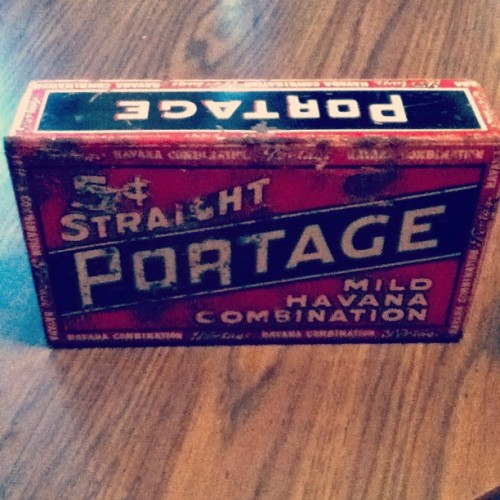 My landlord gave me this sweet vintage cigar tin. Love the old type. #typography #vintage #design (Taken with Instagram)