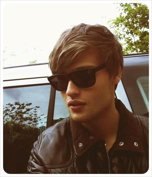 dangerouslyromantic:  So I'm kind of in love with Douglas Booth.
